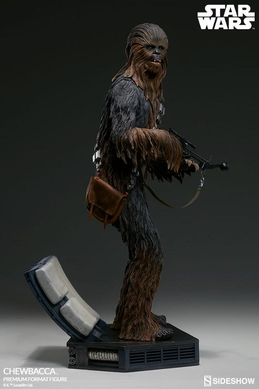 Sideshow Collectibles Chewbacca Premium Format Figure (2017) Chewba24