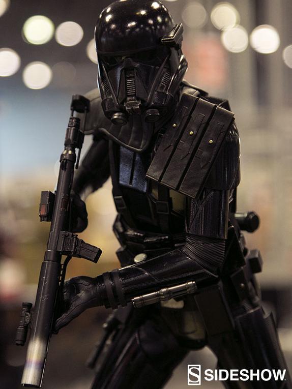 Sideshow - Death Trooper Specialist Premium Format Figure Death_81