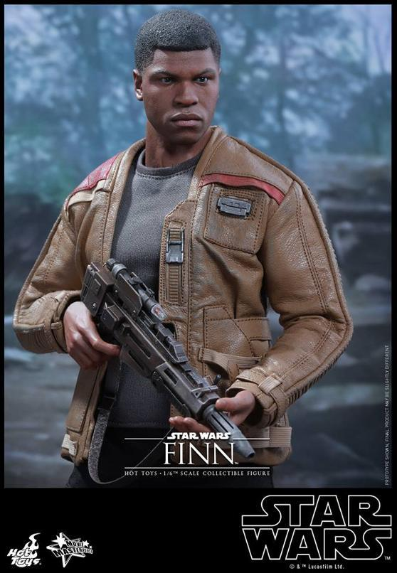 Hot Toys Star Wars: TFA 1/6th scale Finn Collectible Figure Finn0310