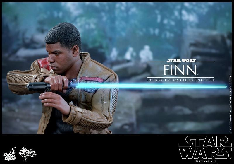 Hot Toys Star Wars: TFA 1/6th scale Finn Collectible Figure Finn0510