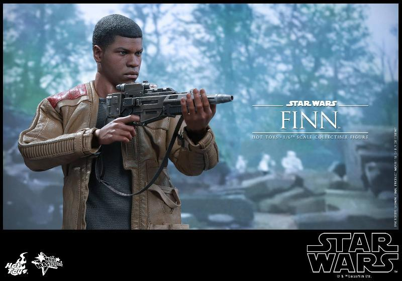 Hot Toys Star Wars: TFA 1/6th scale Finn Collectible Figure Finn0710