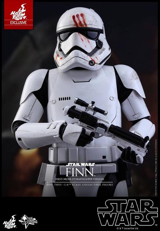 Hot Toys Star Wars: The Force Awakens - Finn Stormtrooper Finnst11