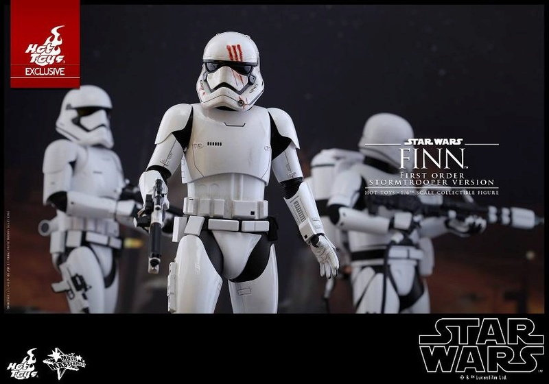 Hot Toys Star Wars: The Force Awakens - Finn Stormtrooper Finnst12