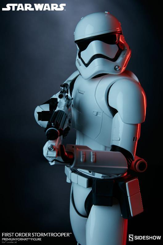 Sideshow - First Order Stormtrooper Premium Format Figure Firsto17