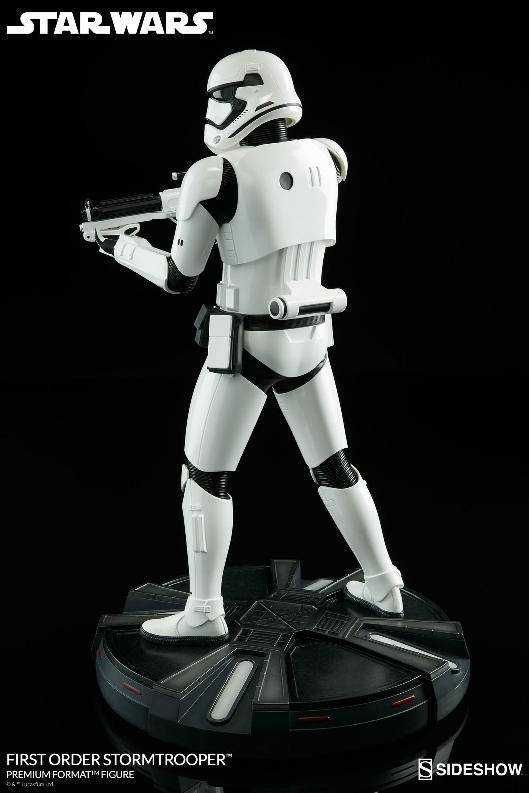 Sideshow - First Order Stormtrooper Premium Format Figure Firsto18