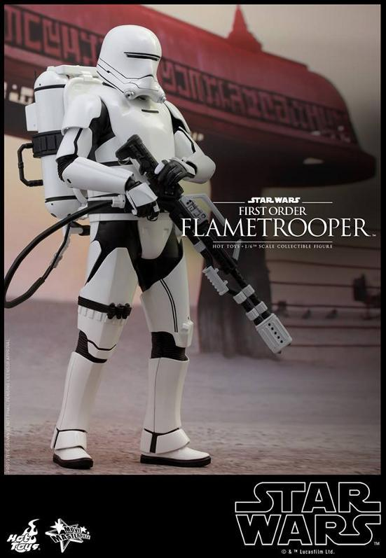 Hot Toys Star Wars TFA 1/6th scale First Order Flametrooper Flame_15