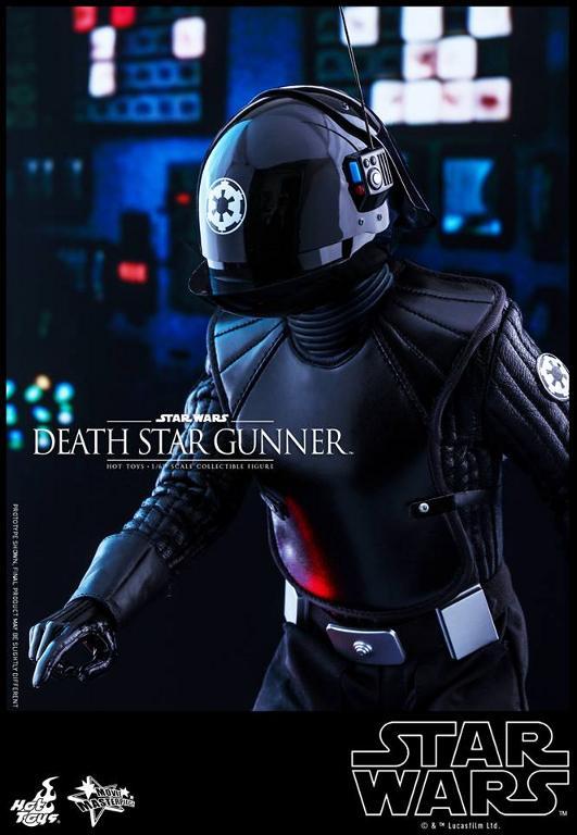 Hot Toys Star Wars - 1/6th scale Death Star Gunner Figure Gunner15