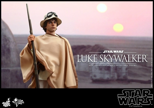 Hot Toys Star Wars EP4 1/6th Luke Skywalker Figure  Hot_to16