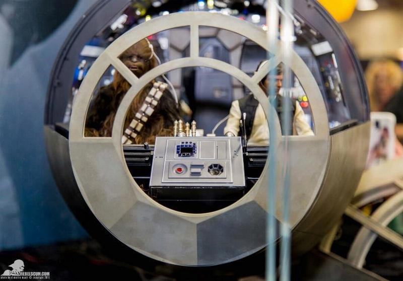 Hot Toys 1/6 Scale Millenium Falcon Cockpit Ht_co011