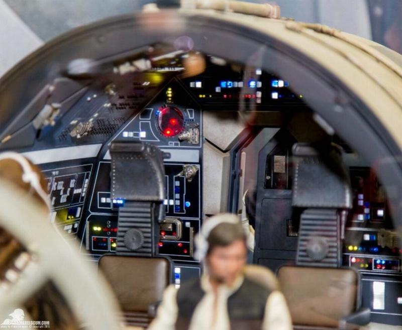 Hot Toys 1/6 Scale Millenium Falcon Cockpit Ht_co015