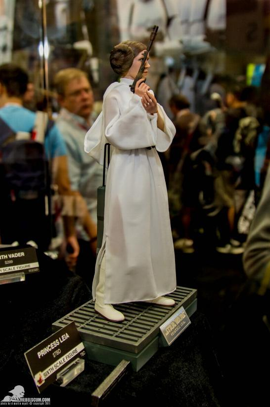 Hot Toys Star Wars 1/6 scale Princess Leia - A New Hope Ht_lei11