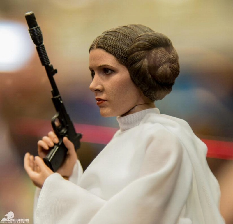 Hot Toys Star Wars 1/6 scale Princess Leia - A New Hope Ht_lei13