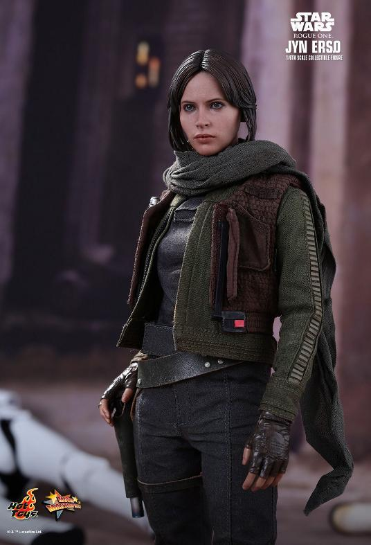 Hot Toys Jyn Erso Standard And Deluxe Version 6th Scale Fig. Jyn_1310