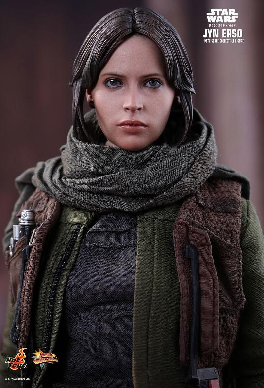 Hot Toys Jyn Erso Standard And Deluxe Version 6th Scale Fig. Jyn_1410