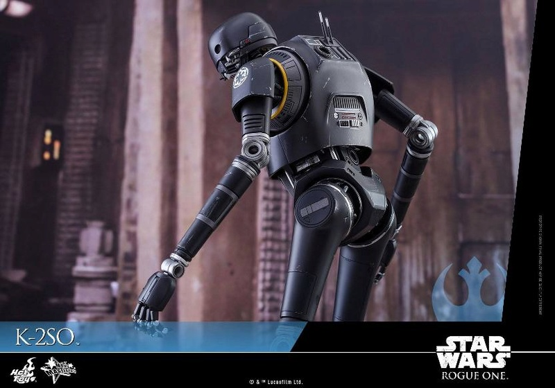 Hot Toys Star Wars Rogue One : 1/6th scale K-2SO Figure K-2so_23