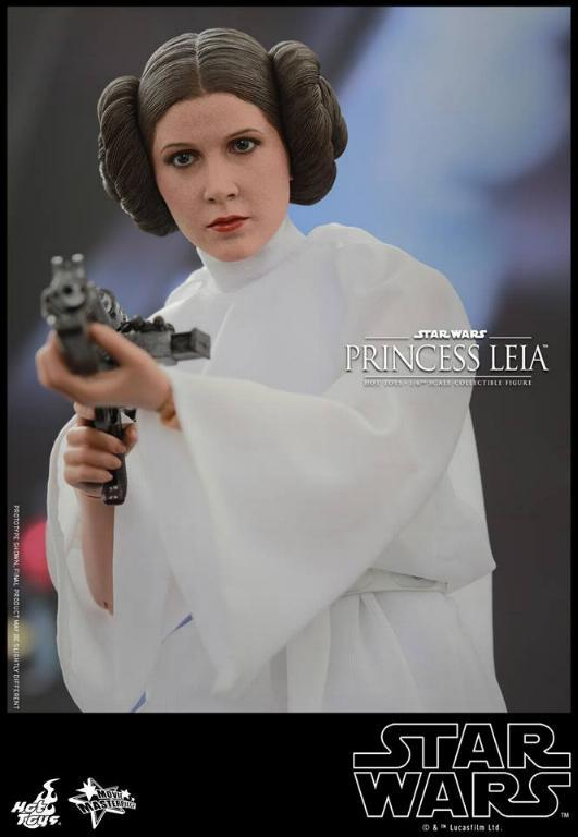 Hot Toys Star Wars 1/6 scale Princess Leia - A New Hope Leia_012
