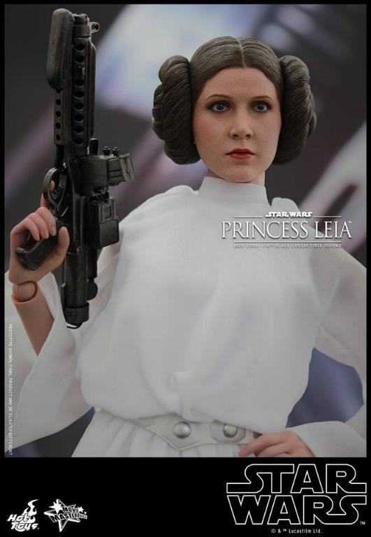 Hot Toys Star Wars 1/6 scale Princess Leia - A New Hope Leia_013