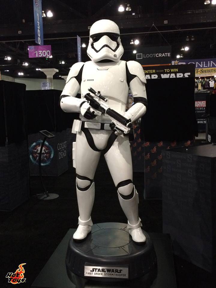 Hot Toys TFA First Order Stormtrooper Life-Size Collectible Ls_sto10