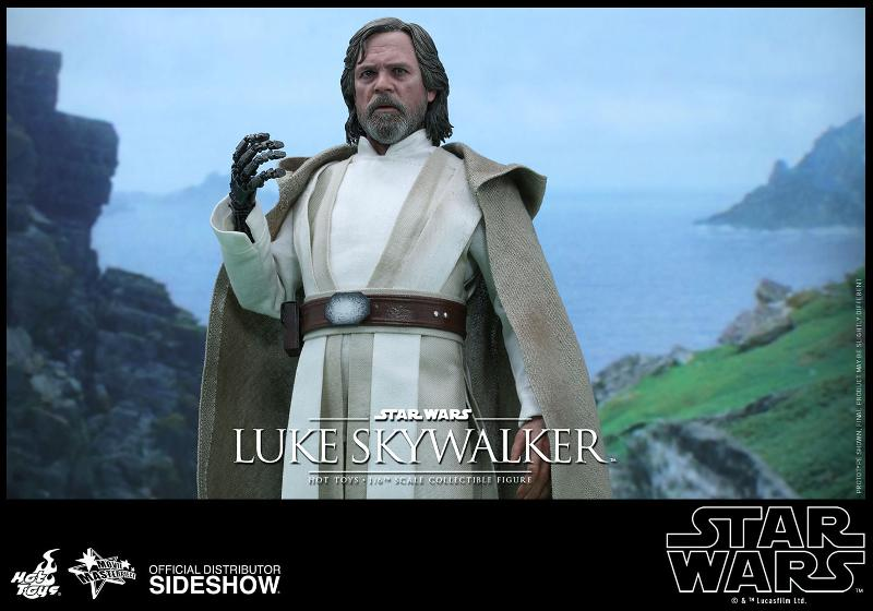 Hot Toys Star Wars - TFA Luke Skywalker 1/6th Scale Figure  Luke_t10