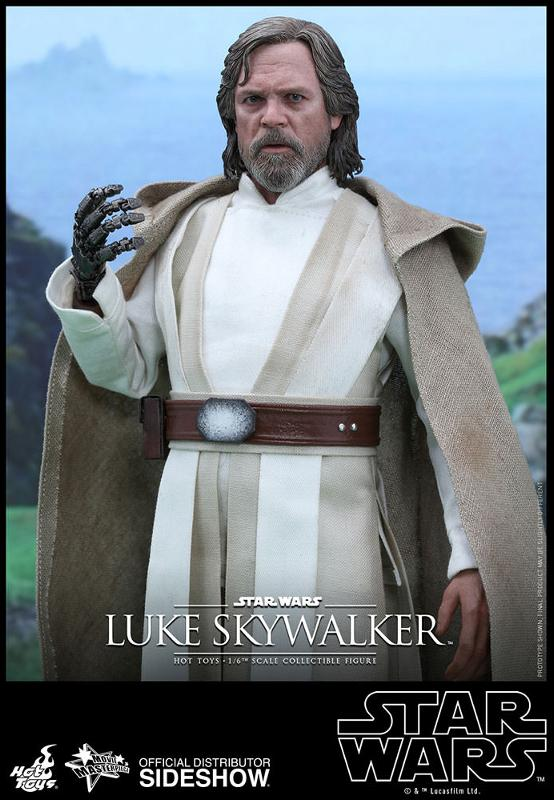 Hot Toys Star Wars - TFA Luke Skywalker 1/6th Scale Figure  Luke_t12