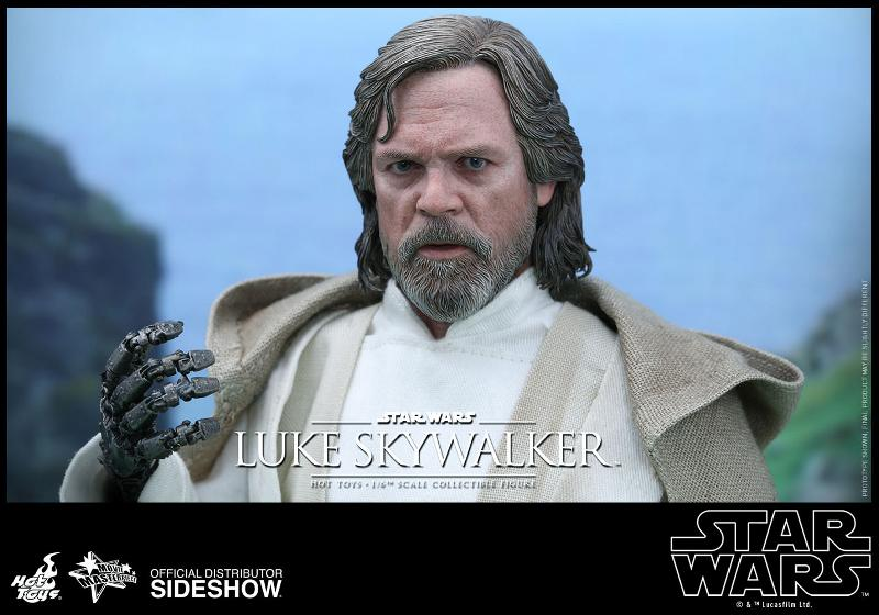 Hot Toys Star Wars - TFA Luke Skywalker 1/6th Scale Figure  Luke_t14