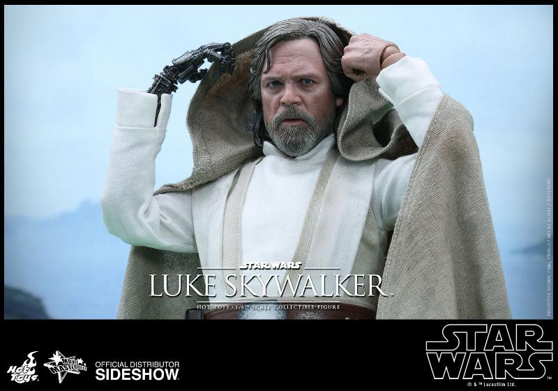 Hot Toys Star Wars - TFA Luke Skywalker 1/6th Scale Figure  Luke_t16