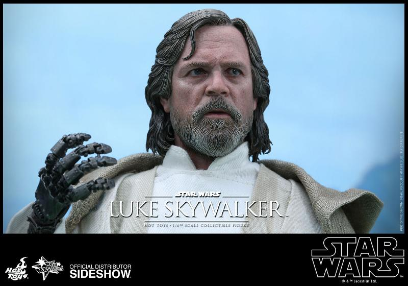 Hot Toys Star Wars - TFA Luke Skywalker 1/6th Scale Figure  Luke_t19