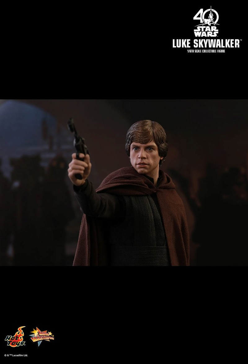 Hot Toys Star Wars: ROTJ - 1/6th scale Luke Skywalker Pd149916