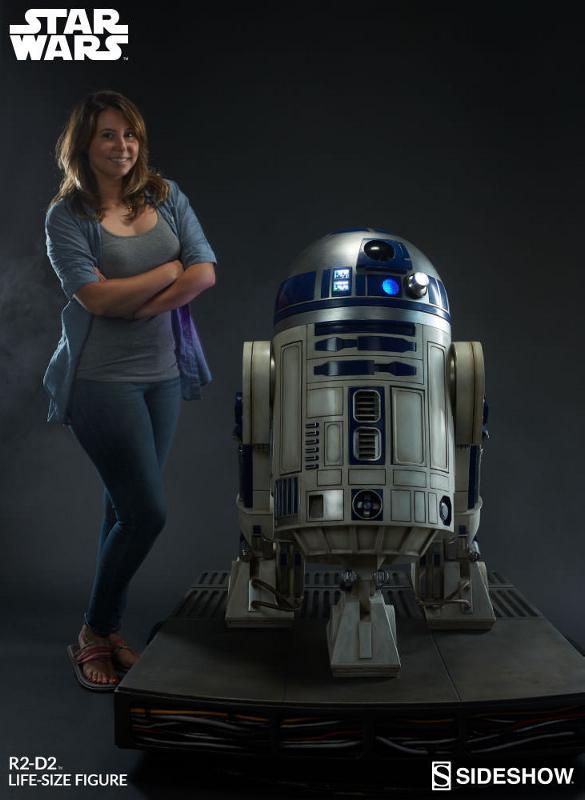 Sideshow Collectibles - R2-D2 Life-Size Figure R2d2_l21
