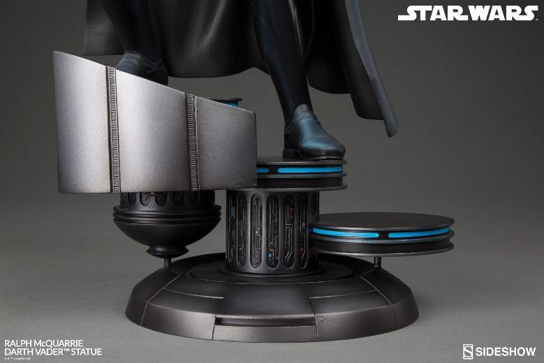 Sideshow Collectibles - Ralph McQuarrie Darth Vader Statue Ralph-21