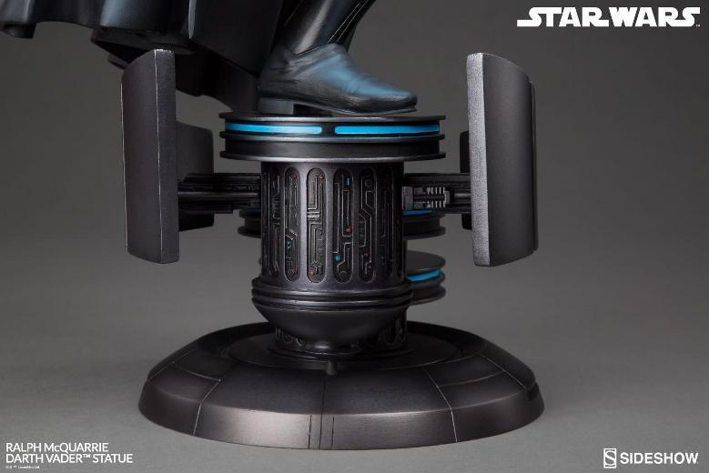 Sideshow Collectibles - Ralph McQuarrie Darth Vader Statue Ralph-22