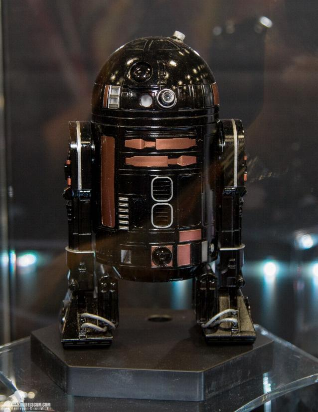Sideshow - R2-Q5 Imperial Astromech Droid Sixth Scale Figure Sid_r211