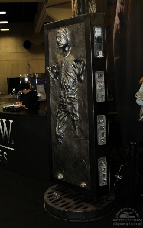 Sideshow - Han solo in Carbonite - Life Size Figure - Page 2 Sidsol10