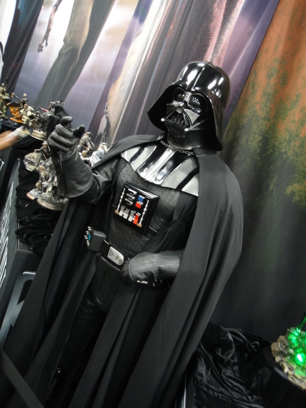 Sideshow - Darth Vader Life-Size Figure Sidvad13