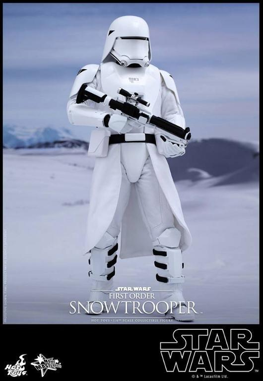 Hot Toys Star Wars: TFA 1/6th scale First Order Snowtrooper Snow_f15