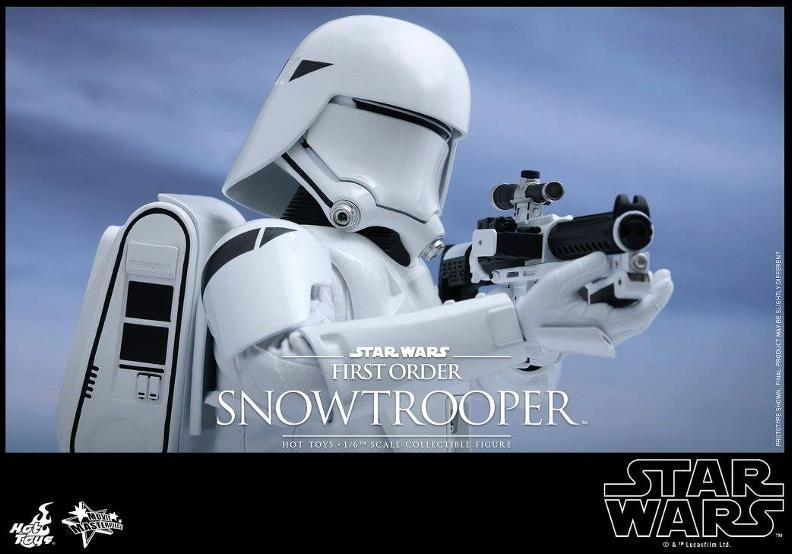 Hot Toys Star Wars: TFA 1/6th scale First Order Snowtrooper Snow_f16