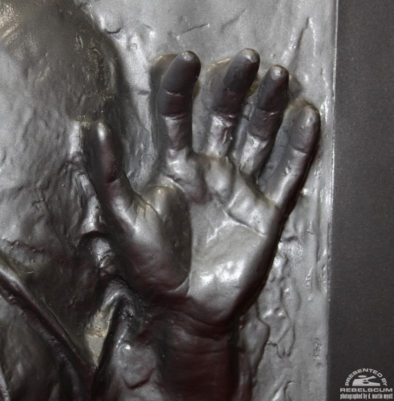 Sideshow - Han solo in Carbonite - Life Size Figure Solo0710