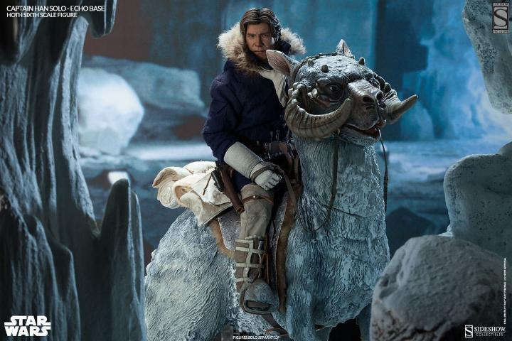Sideshow Collectible - Luke, Han & Tauntaun Hoth Planet Soloho16