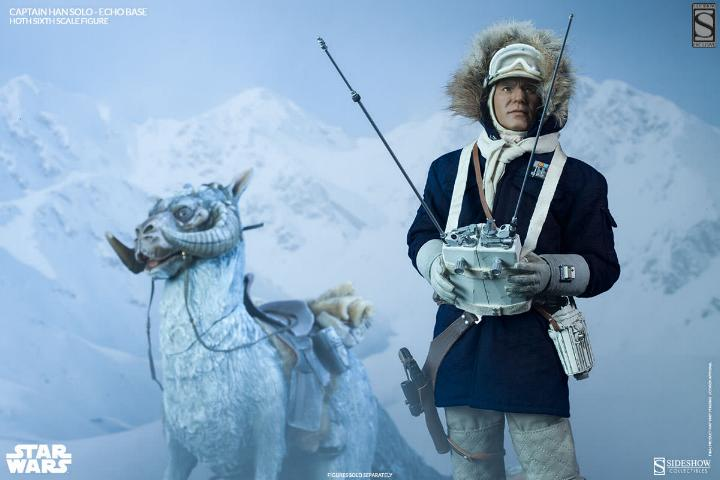 Sideshow Collectible - Luke, Han & Tauntaun Hoth Planet Soloho22