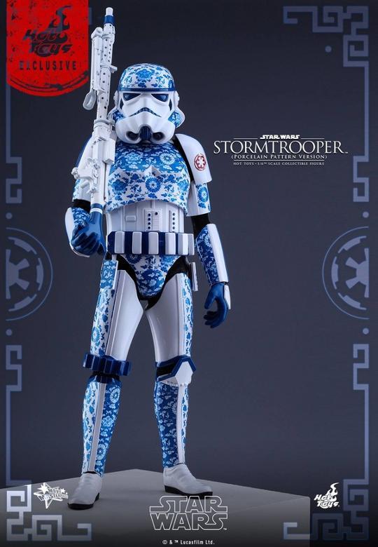 Hot Toys Star Wars 1/6 scale Stromtrooper Porcelain version Storm_20