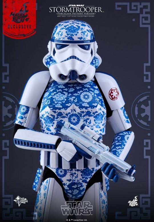 Hot Toys Star Wars 1/6 scale Stromtrooper Porcelain version Storm_23