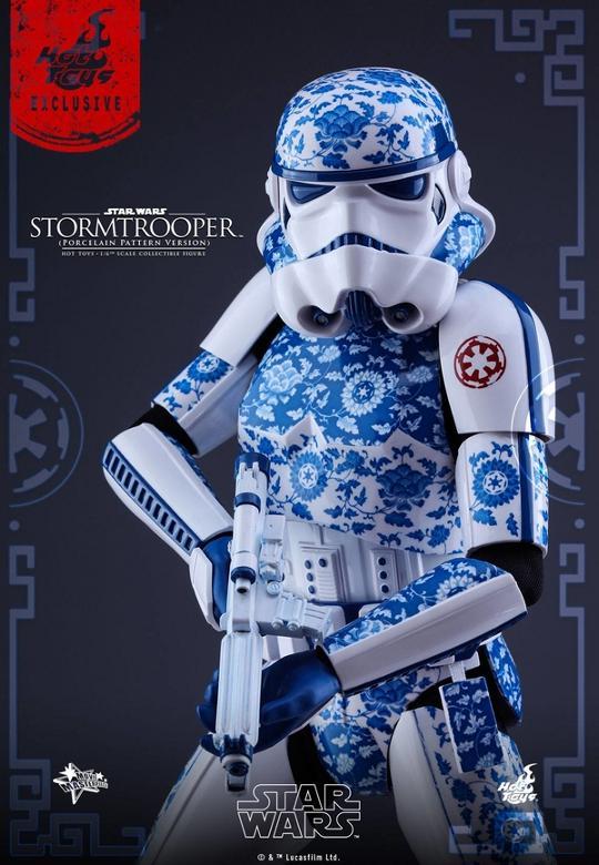Hot Toys Star Wars 1/6 scale Stromtrooper Porcelain version Storm_24