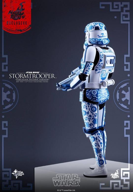 Hot Toys Star Wars 1/6 scale Stromtrooper Porcelain version Storm_27