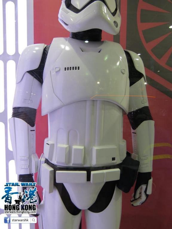 Hot Toys Star Wars First Order Stromtrooper Storm_34