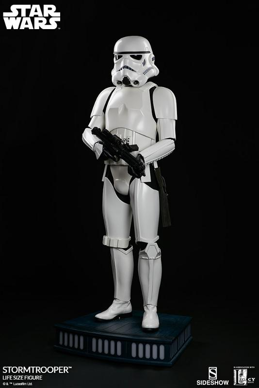 Sideshow Collectibles - Stormtrooper Life-Size Figure Storm_37