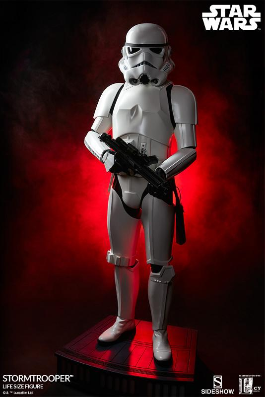 Sideshow Collectibles - Stormtrooper Life-Size Figure Storm_39