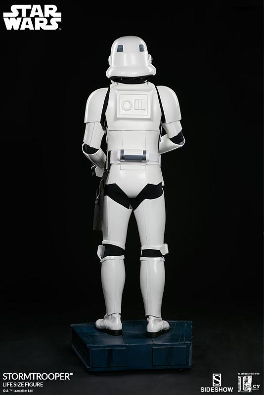 Sideshow Collectibles - Stormtrooper Life-Size Figure Storm_41