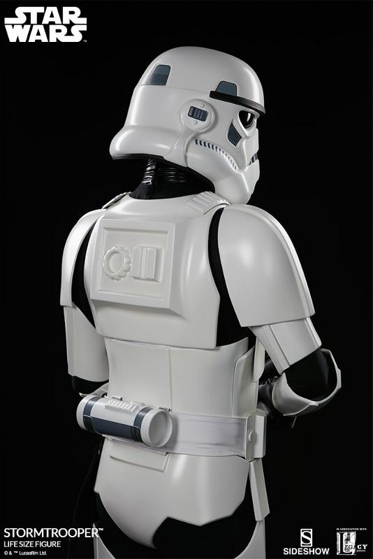 Sideshow Collectibles - Stormtrooper Life-Size Figure Storm_45