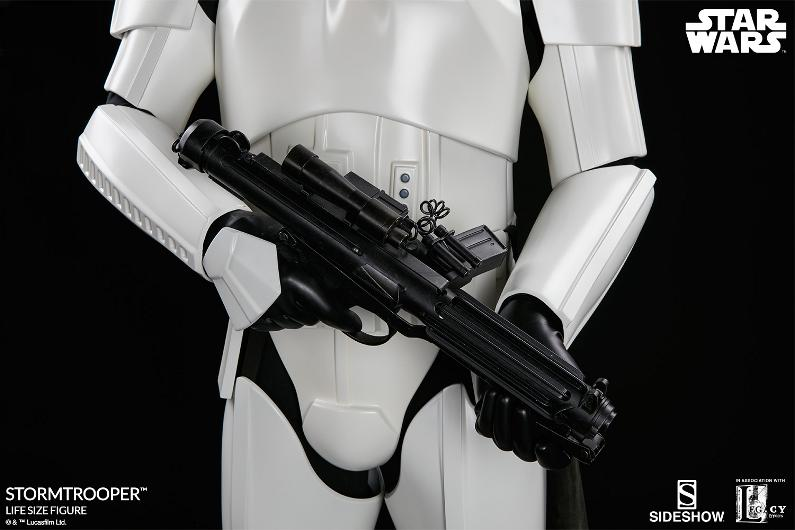 Sideshow Collectibles - Stormtrooper Life-Size Figure Storm_46