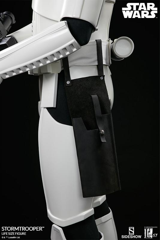 Sideshow Collectibles - Stormtrooper Life-Size Figure Storm_49